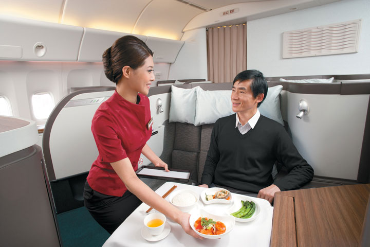 zip-world-compagnie-aerienne-2-Cathay-Pacific-First